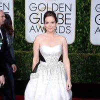 Tina Fey at the Golden Globes 2015 red carpet