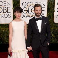 Jamie Dornan and Amelia Warner at the Golden Globes 2015 red carpet