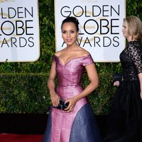 Kerry Washington at the Golden Globes 2015 red carpet