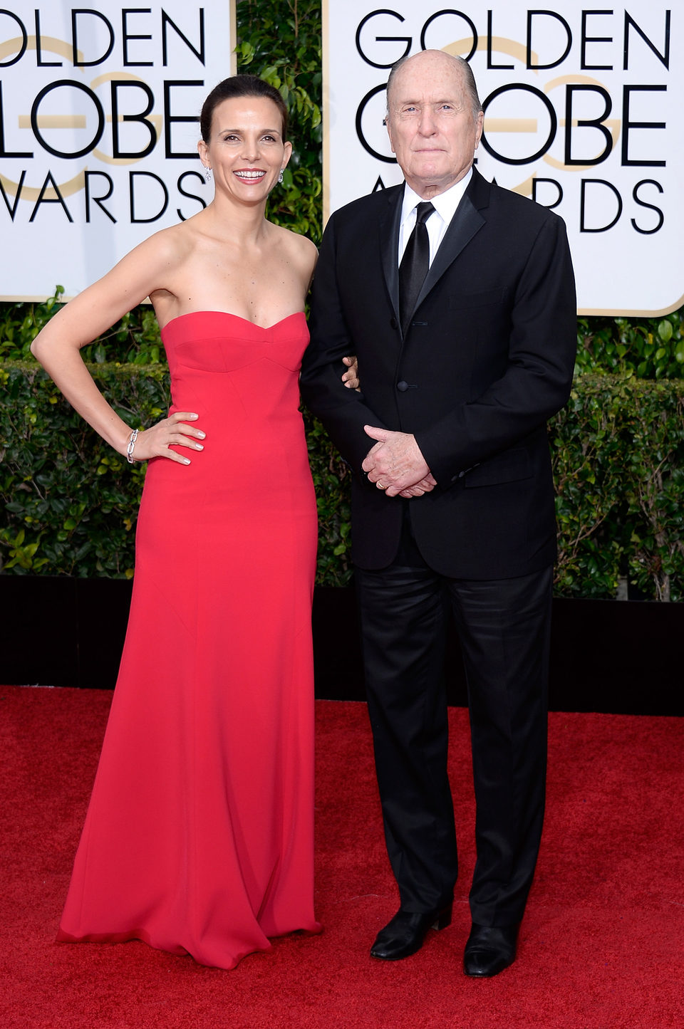 Robert Duvall and Luciana Pedraza at the Golden Globes 2015 red carpet