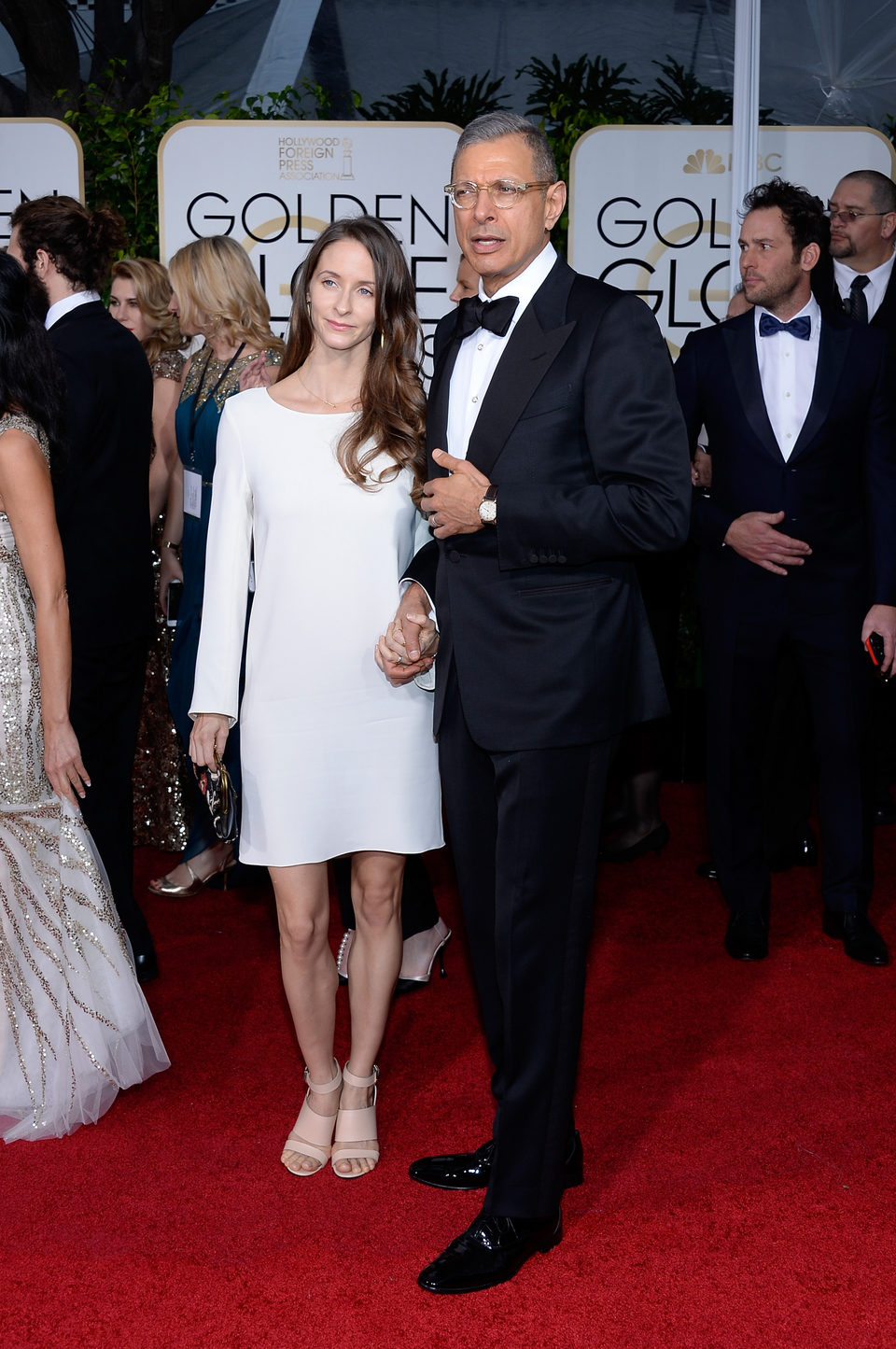 Jeff Goldblum y Emilie Livingston at the Golden Globes 2015 red carpet