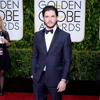 Kit Harington at the Golden Globes 2015 red carpet