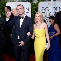 Liev Schreiber and Naomi Watts at the Golden Globes 2015 red carpet