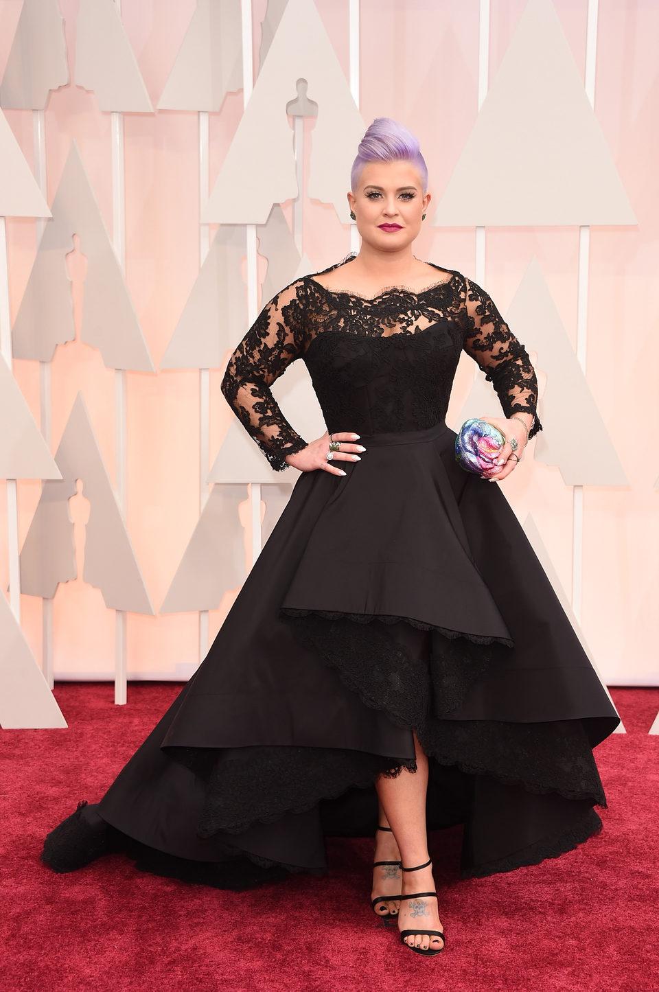 Kelly Osbourne at the Oscar 2015 red carpet