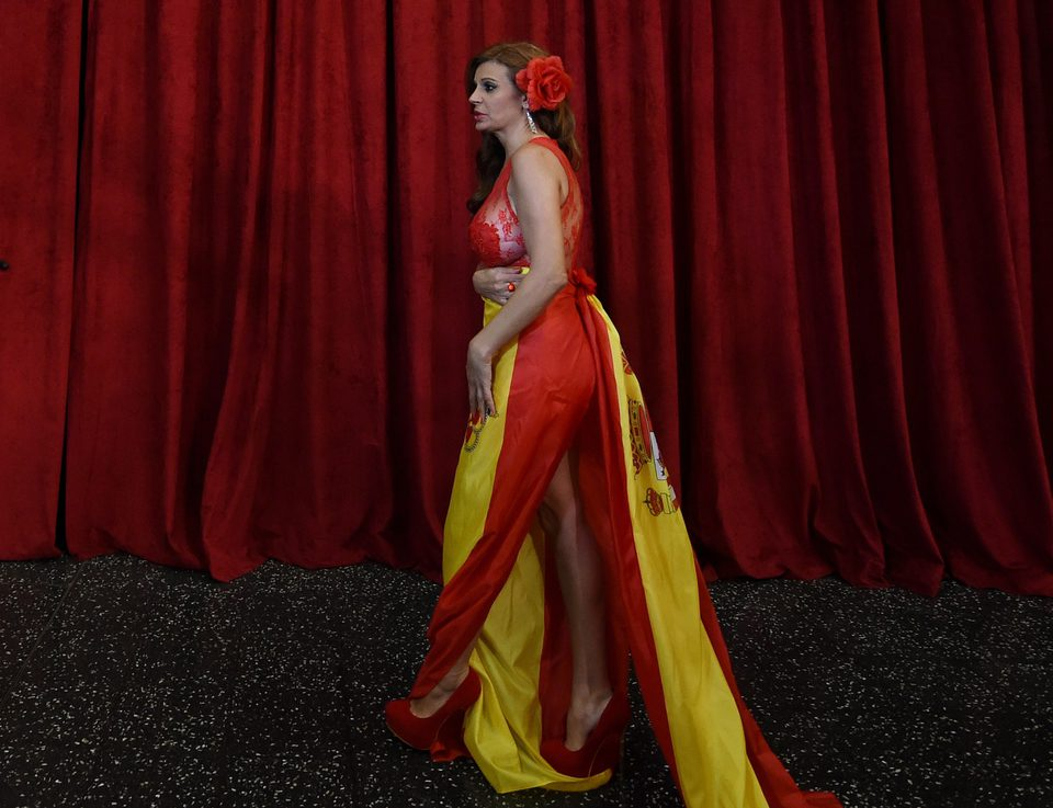Sonia Monroy at the Oscar 2015 red carpet