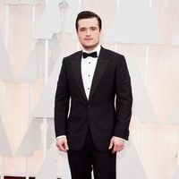 Josh Hutcherson at the Oscar 2015 red carpet