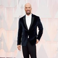 Common at the Oscar 2015 red carpet