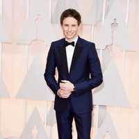Eddie Redmayne pose at the red carpet of the Oscar 2015