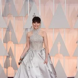 Felicity Jones at the Oscars Awards 2015 red carpet