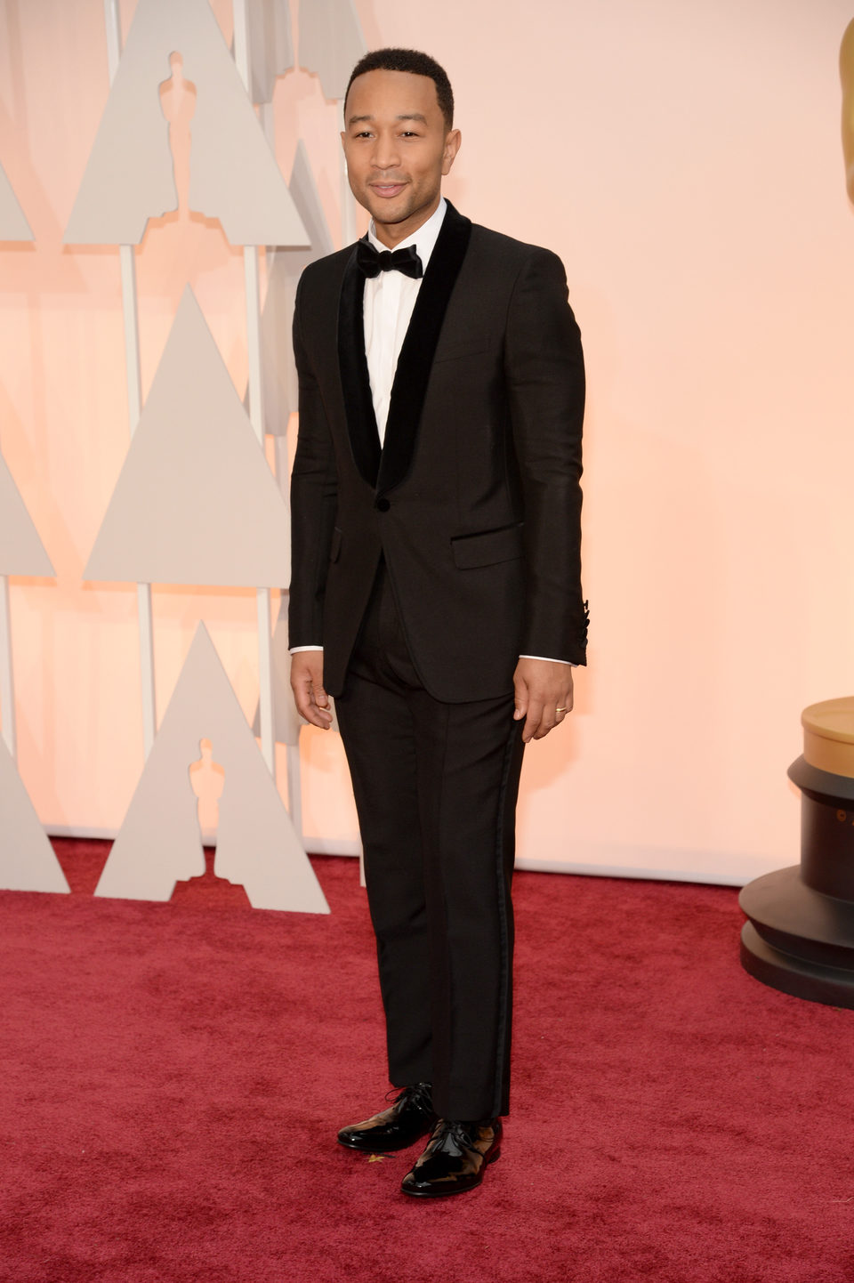 John Legend pose at the red carpet of the Oscar 2015
