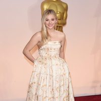 Chloë Grace Moretz at the Oscars Awards 2015 red carpet