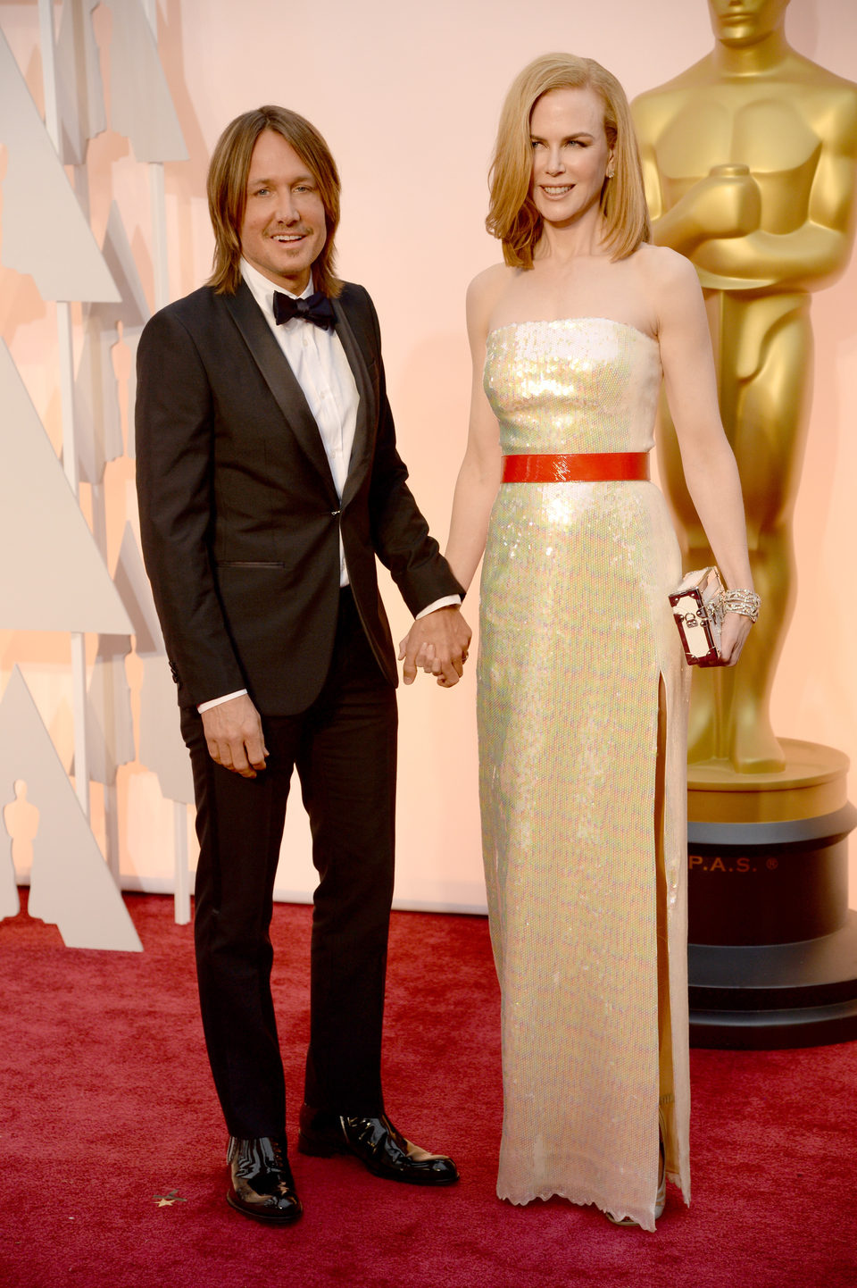 Nicole Kidman next to his husband Keith Urban at the Oscars Awards 2015 red carpet