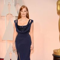 Jessica Chastain poses at the red carpet of the oscar 2015