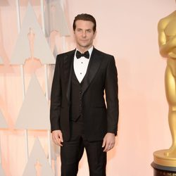 Bradley Cooper at the Oscars Awards 2015 red carpet