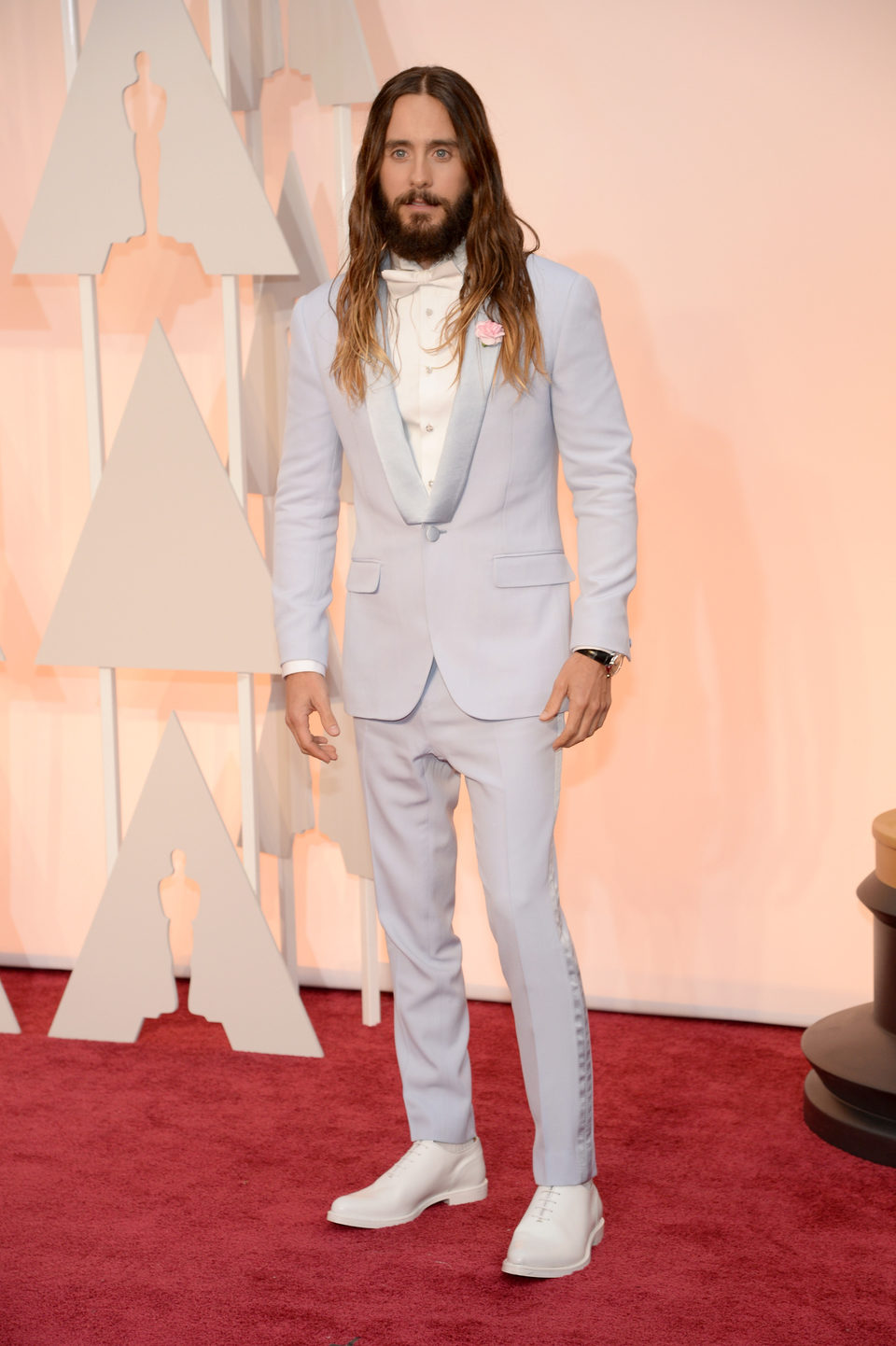 Jared Leto poses at the red carpet of the Oscar 2015