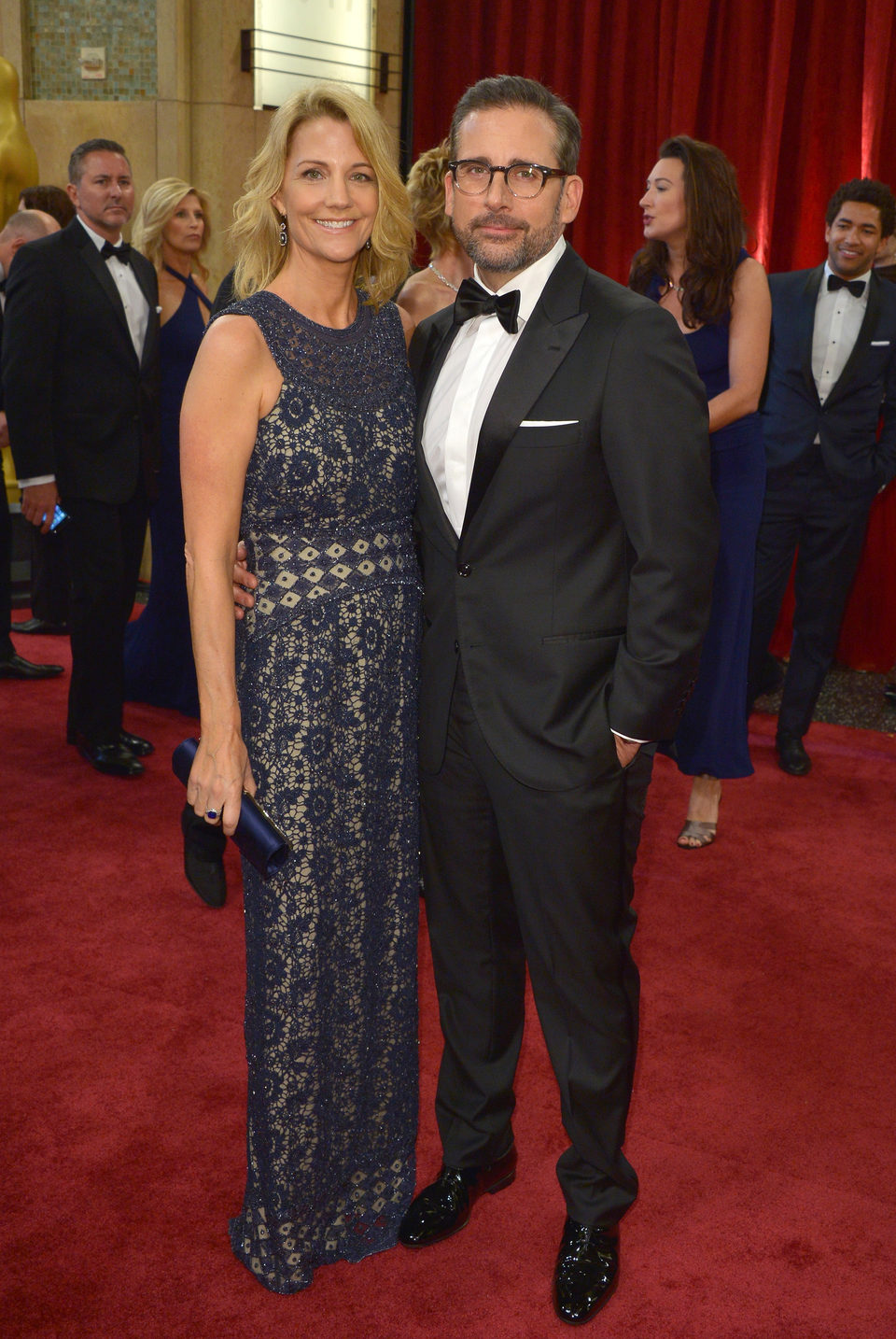 Steve Carell next to his wife Nancy Carell at the Oscars Awards 2015 red carpet