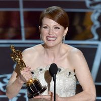 Julianne Moore wins the Best Actress award at the Oscars 2015