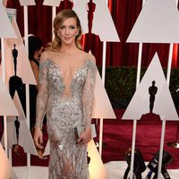 Katie Cassidy in the Oscar 2015 red carpet