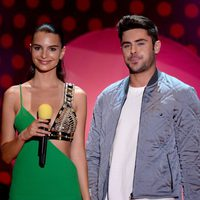 Emily Ratajkowski and Zac Efron during MTV Movie Awards 2015