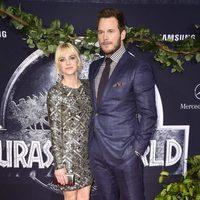 Anna Faris and Chris Pratt at the 'Jurassic World' premiere in California
