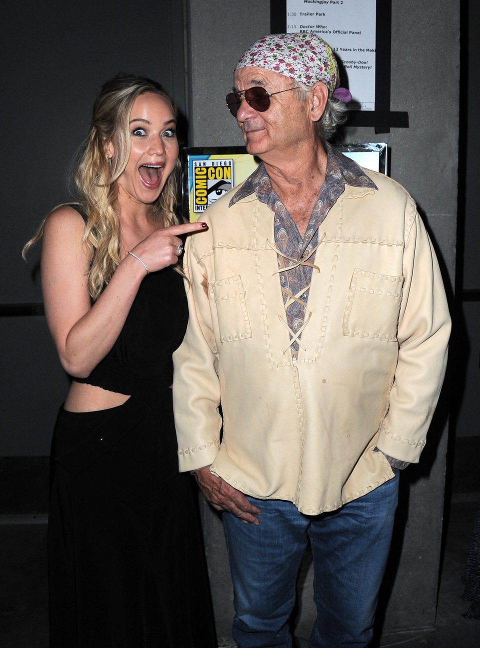 Jennifer Lawrence freaks out when she meets Bill Murray at the Comic-Con