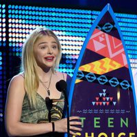 Actress Chloë Grace Moretz accepts the Choice Drama Movie Actress award onstage during the Teen Choice Awards 2015
