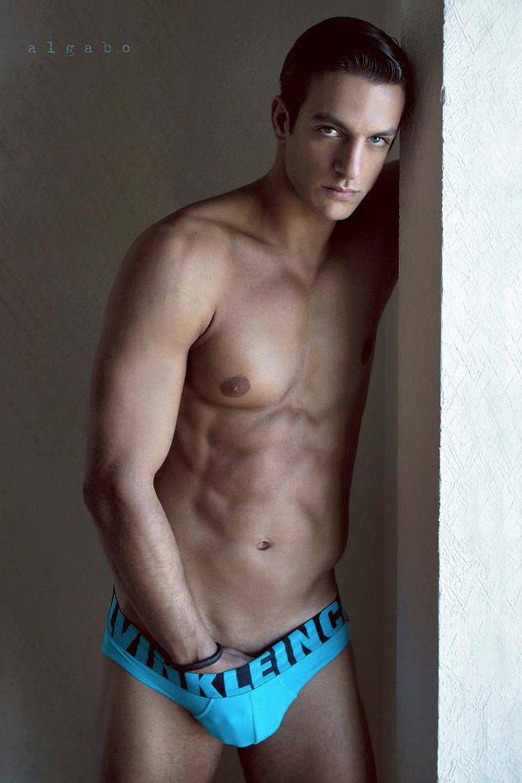 Joaquín Ferreira shows abs in a photo shoot
