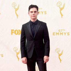 Evan Peters at the red carpet of the 2015 Emmys