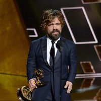 Peter Dinklage receiving the 2015 Emmy Award