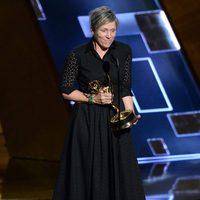 Frances McDormand receiving the 2015 Emmy Award