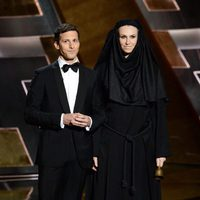 Andy Samberg and Jane Lynch at the 2015 Emmy Awards