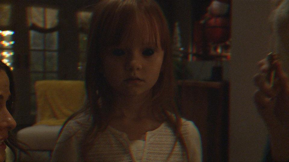 Paranormal Activity: The Ghost Dimension, fotograma 3 de 4