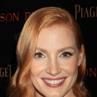 Jessica Chastain poses at the NY premiere of 'Crimson Peak'