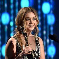 Billie Lourd receiving the Academy Honorary Award to her grandmother Debbie Reynolds