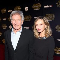 Harrison Ford and his wife in the 'Star wars: The Force Awakens' premiere