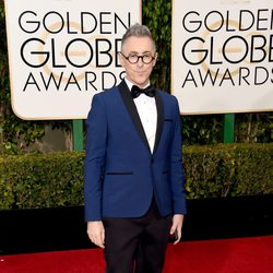 Alan Cumming in the 2016 Golden Globes red carpet