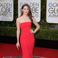 Emmy Rossum in the 2016 Golden Globes red carpet