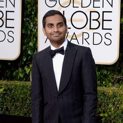 Aziz Ansari at the 2016 Golden Globes red carpet