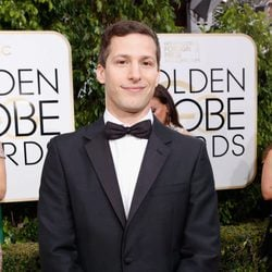 Andy Samberg at the 2016 Golden Globes red carpet