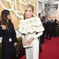Jane Fonda in the 2016 Golden Globes red carpet