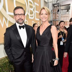 Steve Carell and Nancy Carell at the 2016 Golden Globes red carpet