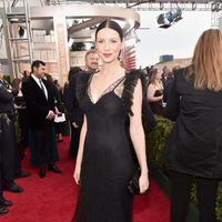 Caitriona Balfe in the 2016 Golden Globes red carpet