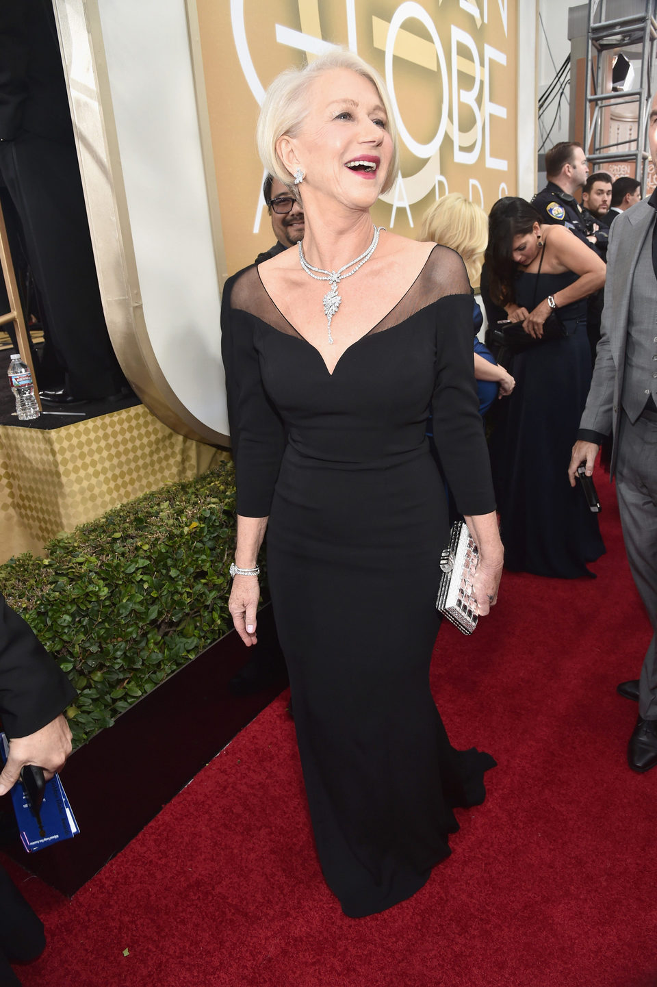 Helen Mirren in the 2016 Golden Globes red carpet