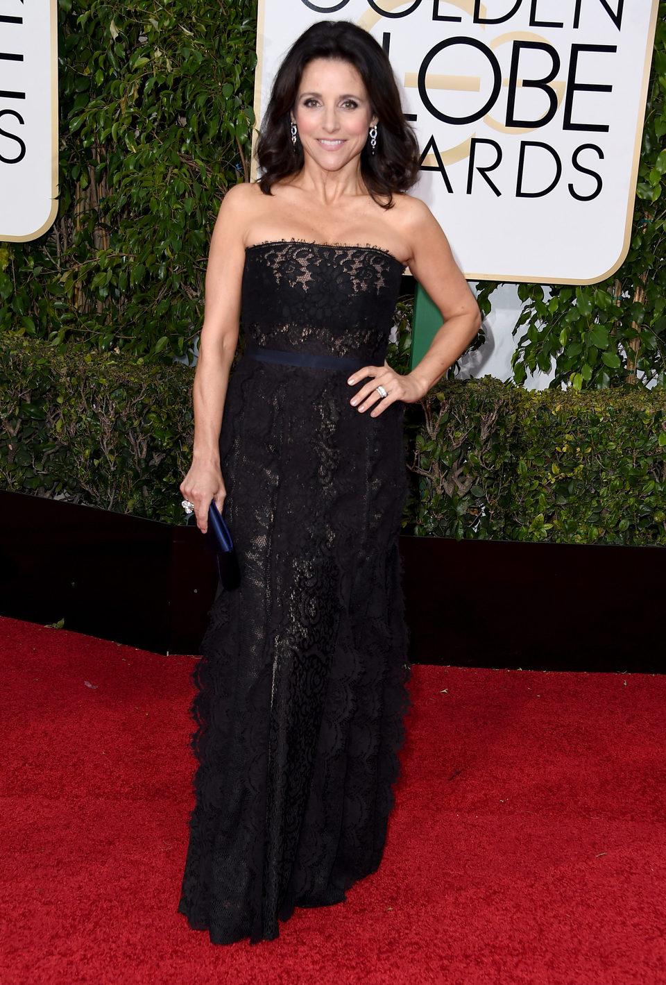 Julia Louis-Dreyfus in the 2016 Golden Globes red carpet