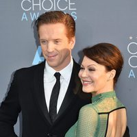 Damien Lewis arrived with his wife to the 2016 Critics Choice Awards red carpet