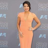 Gina Rodríguez before 2016 Critics Choice Awards gala