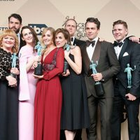 The 'Downton Abbey' cast with their awards at the SAG Awards 2016