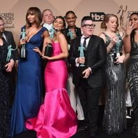 The 'Orange is the New Black' cast with their awards at the SAG Awards 2016