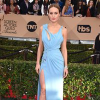 Brie Larson at the SAG Awards 2016 red carpet