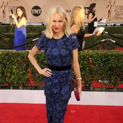 Naomi Watts at the SAG Awards 2016 red carpet